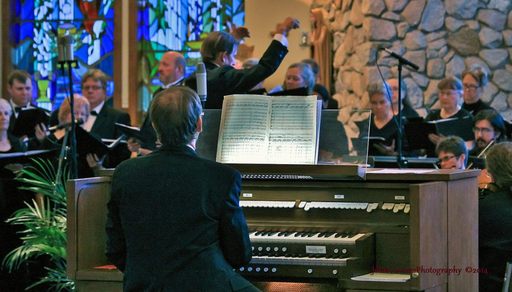 David Brock, organ, with conductor James Rawie. Tahoe Onstage images by John C. Cocores.