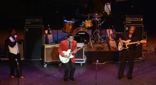 Eddie Cotton plays the blues and steps offstage in a hurry.