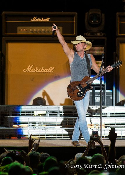 Kenny Chesney-Chase Rice @ Harvey's Outdoor Arena 07-22-2015-158-L