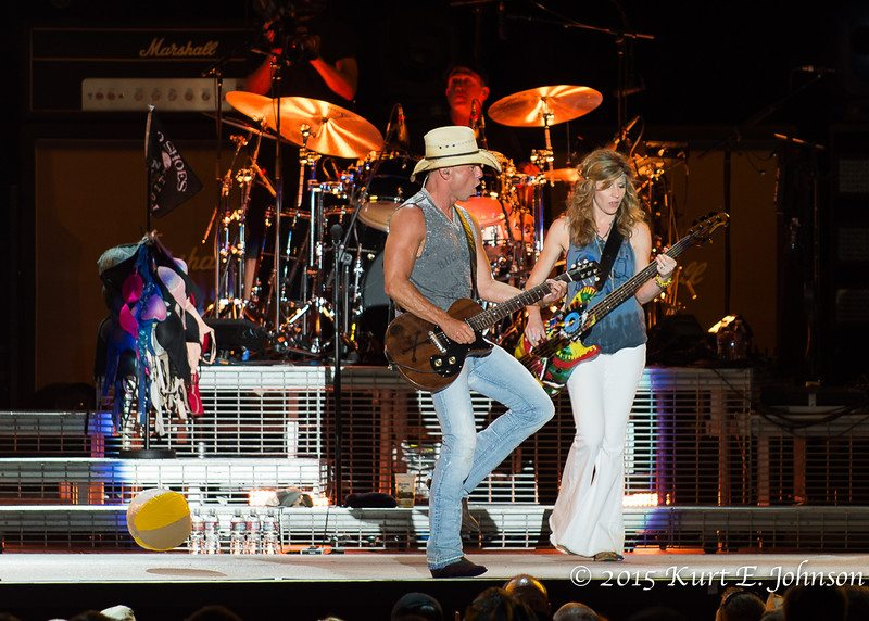 Kenny Chesney-Chase Rice @ Harvey's Outdoor Arena 07-22-2015-179-L