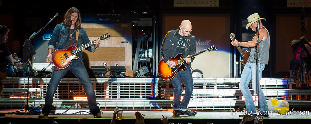 Kenny Chesney-Chase Rice @ Harvey's Outdoor Arena 07-22-2015-202-XL