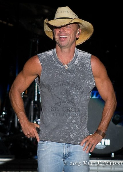 Kenny Chesney-Chase Rice @ Harvey's Outdoor Arena 07-22-2015-236-L