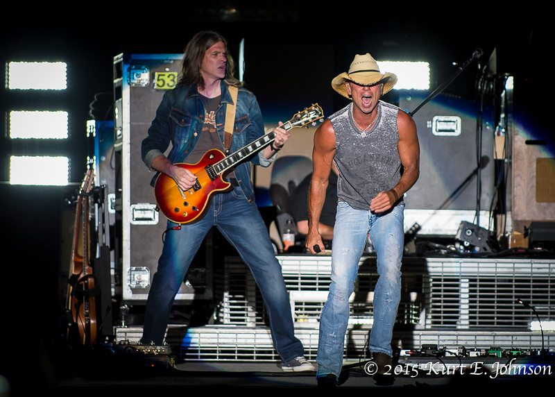 Kenny Chesney-Chase Rice @ Harvey's Outdoor Arena 07-22-2015-249-L