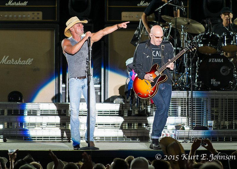 Kenny Chesney-Chase Rice @ Harvey's Outdoor Arena 07-22-2015-278-L