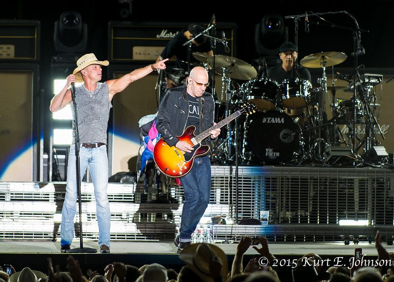 Kenny Chesney-Chase Rice @ Harvey's Outdoor Arena 07-22-2015-281-L