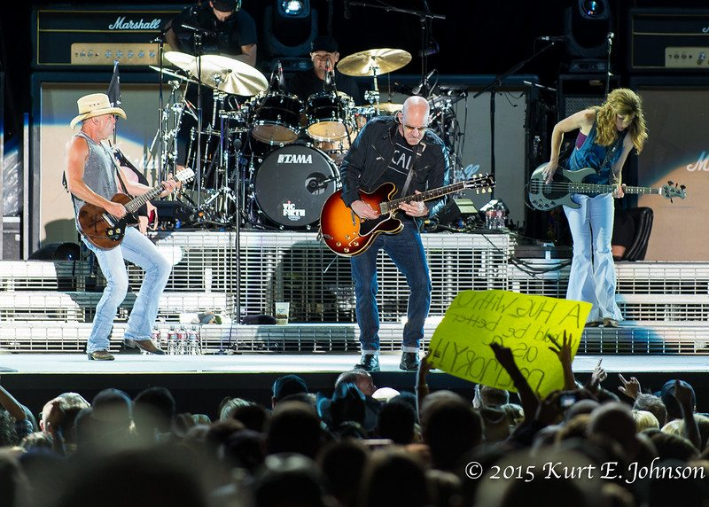 Kenny Chesney-Chase Rice @ Harvey's Outdoor Arena 07-22-2015-288-L