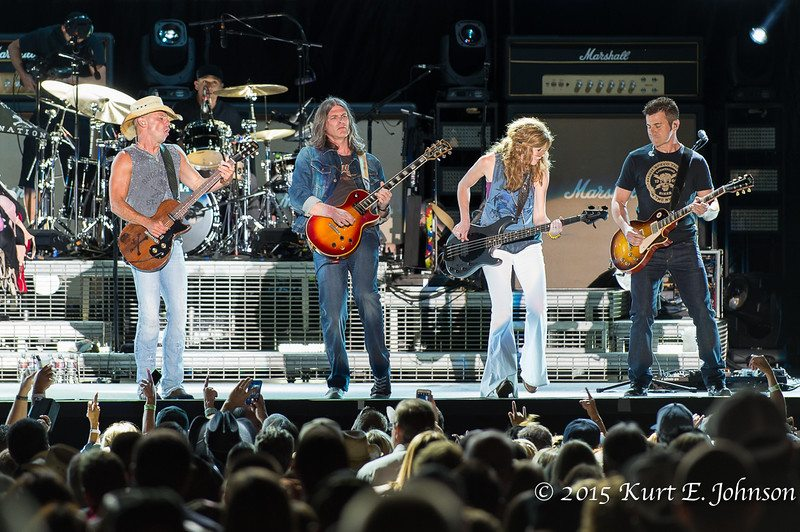 Kenny Chesney-Chase Rice @ Harvey's Outdoor Arena 07-22-2015-316-L