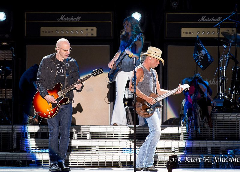 Kenny Chesney-Chase Rice @ Harvey's Outdoor Arena 07-22-2015-335-L