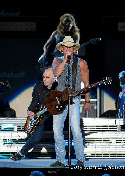 Kenny Chesney-Chase Rice @ Harvey's Outdoor Arena 07-22-2015-376-L