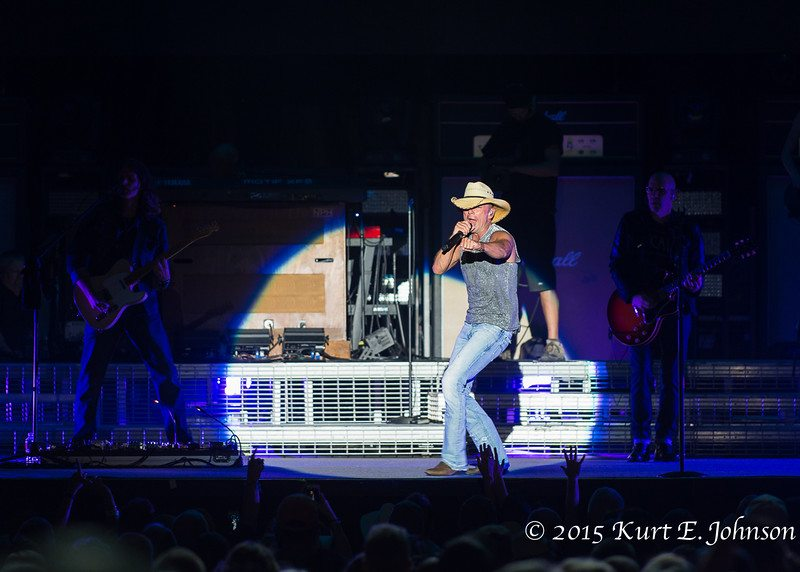 Kenny Chesney-Chase Rice @ Harvey's Outdoor Arena 07-22-2015-431-L