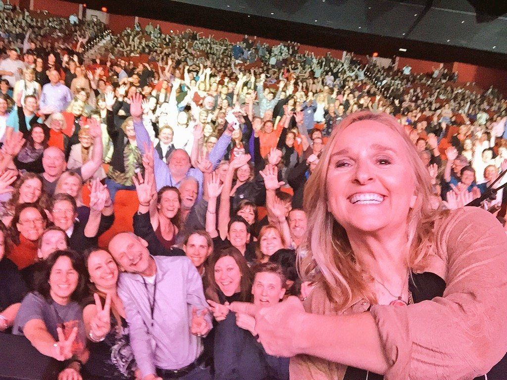 Melissa Etheridge posted this image from Friday's Grand Sierra show on Twitter.
