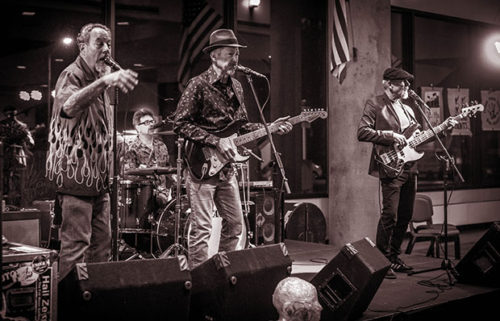 The-Nighthawks-Live-Photo-Hi-Res-by-Chip-Py