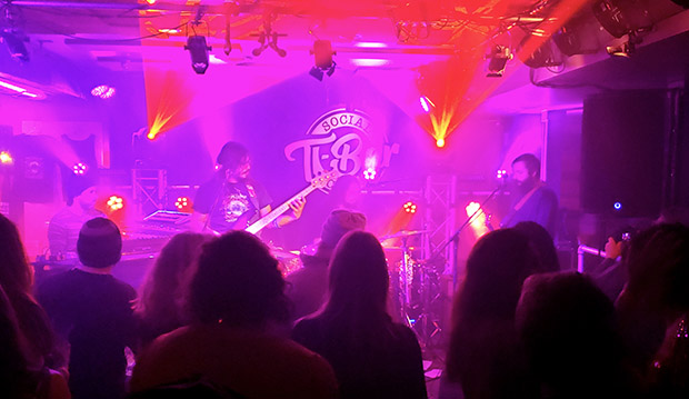 The T-Bar Social Club plans to require bands and fans to be vaccinated for Covid-19.
